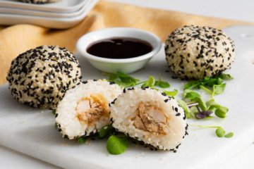 Sticky Rice and Chicken Sesame Balls